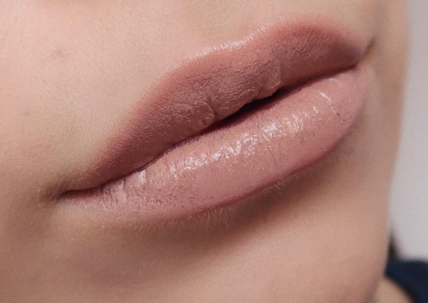 Mccall lipstick by GIGI HADID x Maybelline